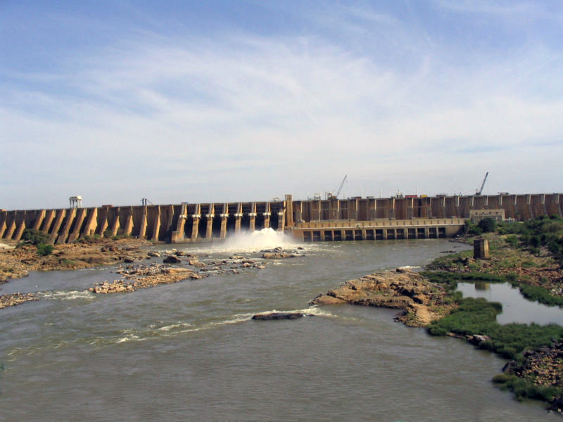 Delegation from DRC Visits Dams Implementation Unit