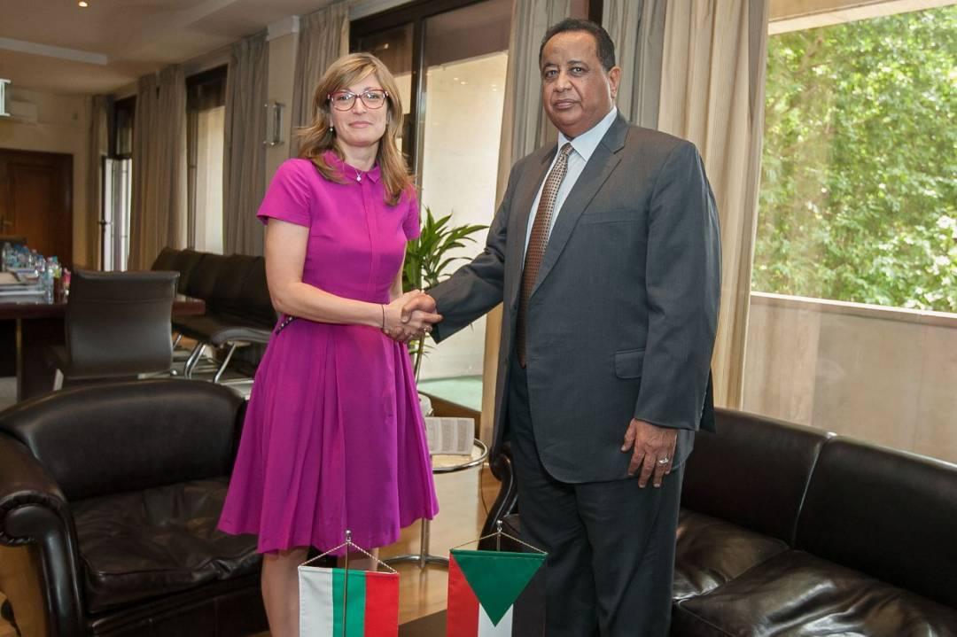 وزيرة الخارجية البلغارية:السودان أفضل شريك للاتحاد الأوربي في مجال مكافحة الهجرة غير الشرعية والتطرف والإرهاب والإتجار بالبشر