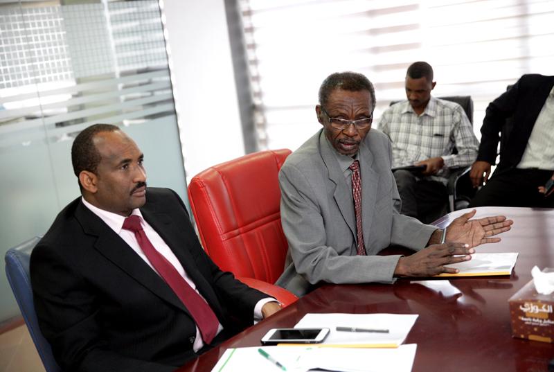 ياسر يوسف يؤكد ضرورة العمل على تحسين صورة السودان الخارجية